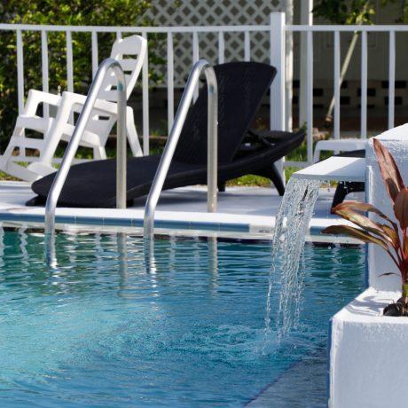 Sunshine Pool Image