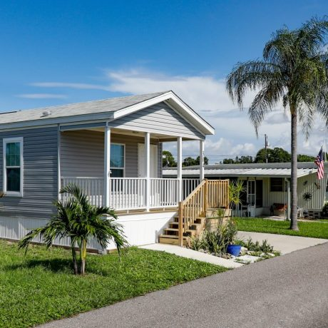 Sunshine MHC Mobile Home